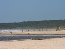 playa de la coronilla en temporada alta