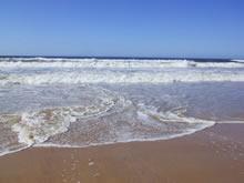 orillas de la playa la esmeralda