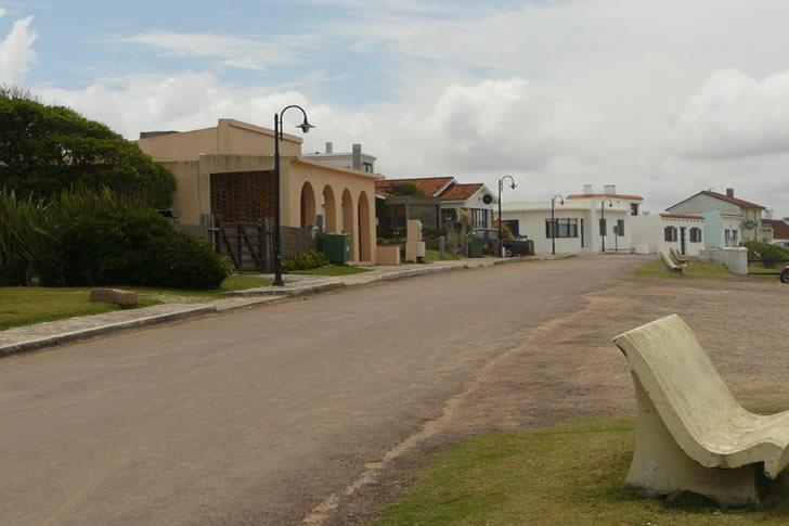 hoteles en la pedrera rocha uruguay: